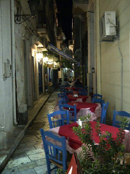 back street ermoupolis